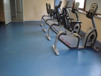 Self-leveling floor in the gym