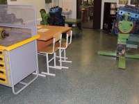 Highly filled decorative coating in the classroom